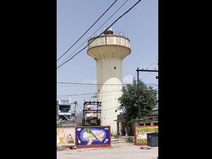 પાવી જેતપુરની નવી પાણીની ટાંકી. - Divya Bhaskar