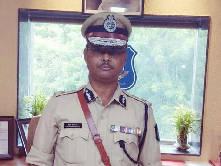 રથયાત્રાના સમગ્ર રૂટ પર કર્ફ્યૂ, 23 હજાર પોલીસકર્મીઓ કોઈને રથ નજીક ફરકવા દેશે નહીં, પોળો અને ગલીઓમાં બેરિકેડિંગ કરાશે|અમદાવાદ,Ahmedabad - Divya Bhaskar