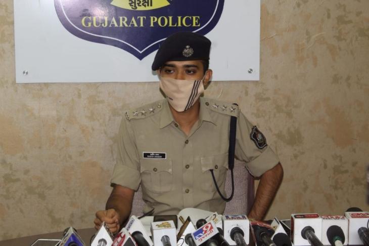 માતા-પુત્રની હત્યા એક જ વ્યકિતએ કરી હોવાનો ખુલાસો - Divya Bhaskar