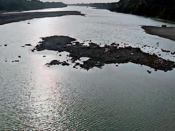 વંથલી પાસે ઓઝત નદીએ રીવર ફ્રન્ટ બનશે તો જૂનાગઢ, કેશોદ જેવા શહેરોને તો તેનો લાભ મળશે. - Divya Bhaskar