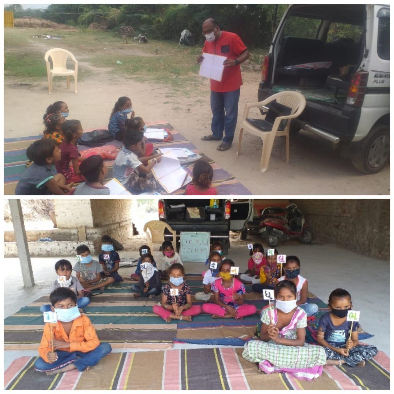 વિદ્યાર્થીઓને ભણાવતા જેતાપુર ગામના શિક્ષક જયંત સથવારા.