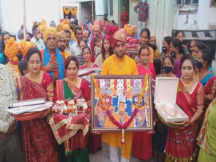 પાટણમાં જગન્નાથજીનાં મંગલમય મામેરાની શોભાયાત્રા નીકળી - Divya Bhaskar