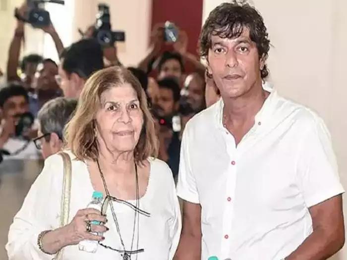 ચંકી પાંડેનાં માતા અને અનન્યાનાં દાદી સ્નેહલતા પાંડેનું 85 વર્ષની વયે અવસાન|એન્ટરટેઇનમેન્ટ,Entertainment - Divya Bhaskar