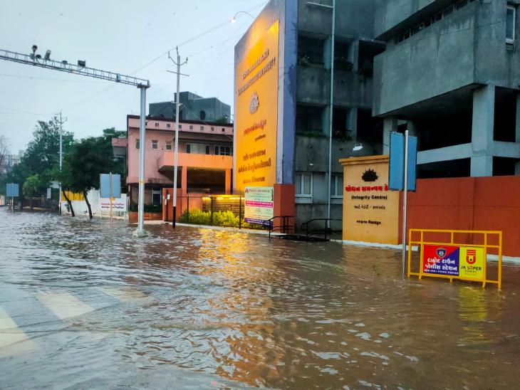 દાહોદ જિલ્લામાં છેલ્લા 24 કલાકમા 108 મીમી વરસાદ પડતાં ખેડૂતોમાં આનંદ છવાયો|દાહોદ,Dahod - Divya Bhaskar