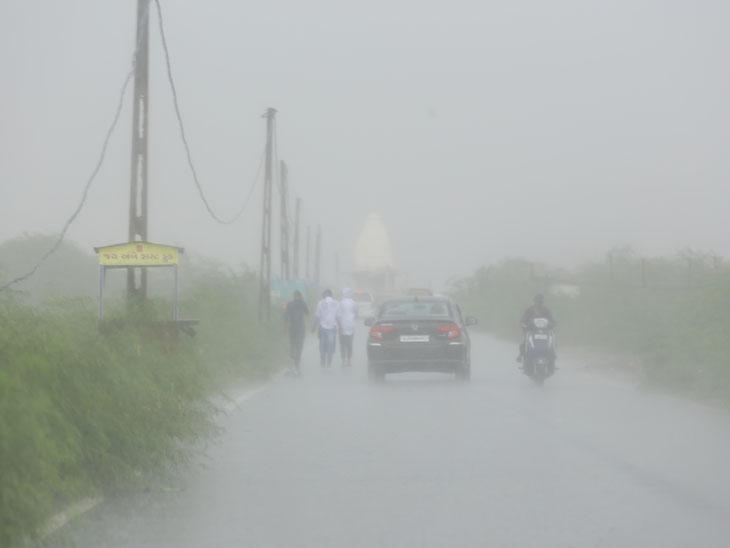 શહેરમાં સરેરાશ 1, સેન્ટ્રલ- રાંદેર ઝોનમાં 2 કલાકમાં 2 ઇંચ વરસાદ|સુરત,Surat - Divya Bhaskar