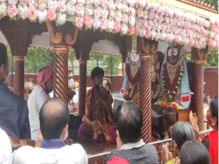 ચ-6 તરફથી જમણી બાજુ શ્રી વૈજનાથ મહાદેવ મંદિર રથનું રોકાણ કરાવવામાં આવ્યું હતું