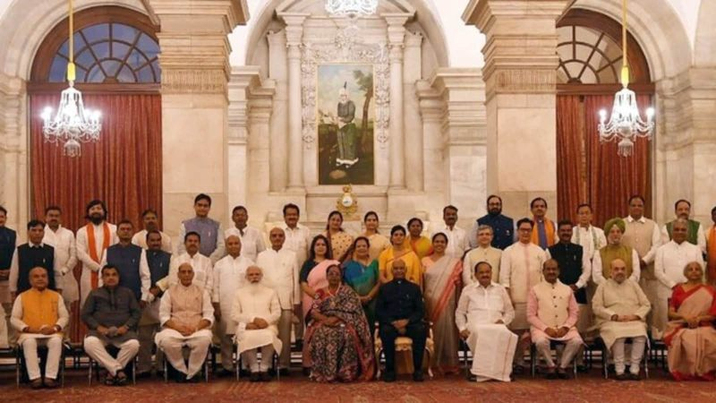 કેબિનેટ મંત્રી, રાજ્ય મંત્રી અને રાજ્ય (સ્વતંત્ર પ્રભાર) મંત્રીઓમાં શું છે તફાવત? તેમની પાસે કેટલો હોય છે પાવર? કેન્દ્રીય મંત્રીઓની સેલરી અંગે પણ જાણો ઈન્ડિયા,National - Divya Bhaskar