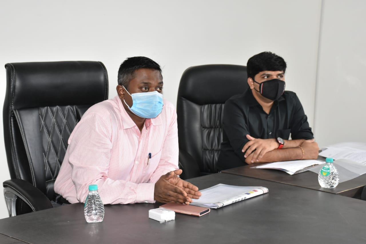 રાજકોટમાં કલેકટરે એઇમ્સની મુલાકાત લીધી, કહ્યું- આગામી 50 વર્ષના ટ્રાફિક મેનેજમેન્ટને ધ્યાનમાં રાખી કોરીડોર વિકસાવવા રાજ્ય સરકારમાં દરખાસ્ત કરાશે|રાજકોટ,Rajkot - Divya Bhaskar