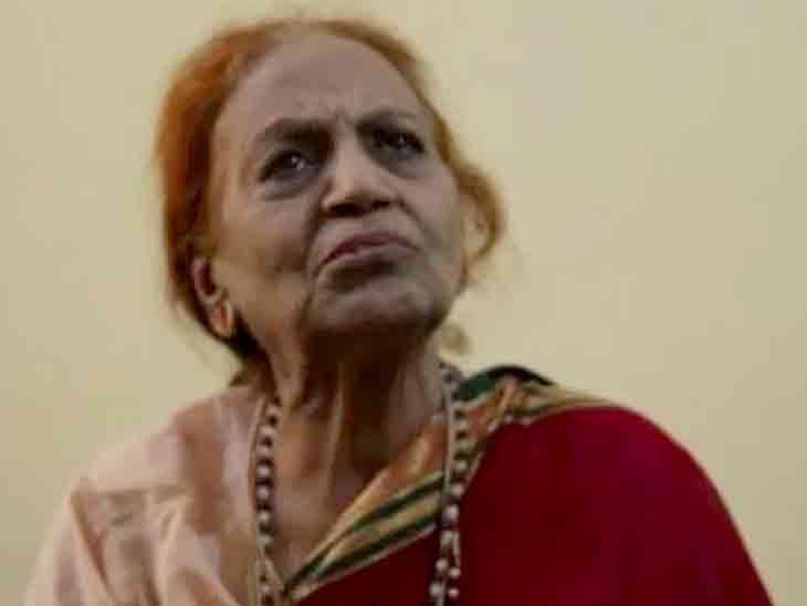 સારવારના પૈસા નથી, પરિવારે સાથ છોડ્યો, ઘરડે ઘડપણ સવિતા બજાજ આર્થિક મદદ માગી રહ્યાં છે બોલિવૂડ,Bollywood - Divya Bhaskar