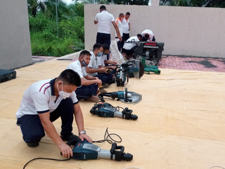 NDRFની ટીમો તમામ જરૂરી સાધનોથી સજ્જ હોય છે