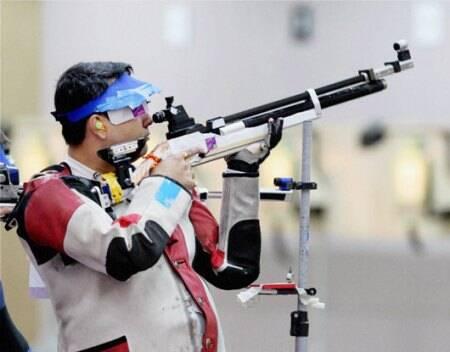 ગગન નારંગે લંડનમાં ઓલિમ્પિક ગેમ્સ-2012માં 10 મીટર એર રાઈફલ શૂટિંગમાં બ્રોન્ઝ મેડલ મેળવ્યો હતો