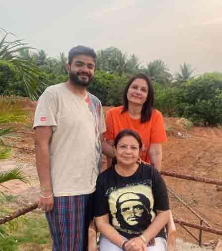 नीलम उपाध्याय और सिद्धार्थ चोपड़ा की मां मधु चोपड़ा