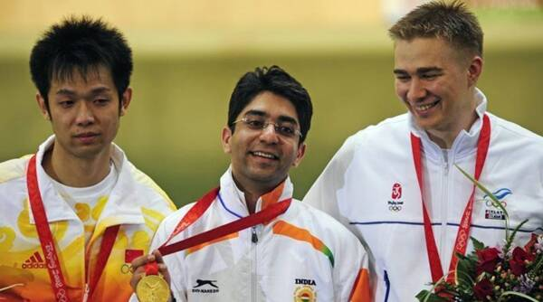 બૈજીંગ ઓલિમ્પિકમાં અભિનવ બિંદ્રા ઈન્ડિવિડ્યુઅલ ગોલ્ડ જીતનાર પ્રથમ ભારતીય બન્યા
