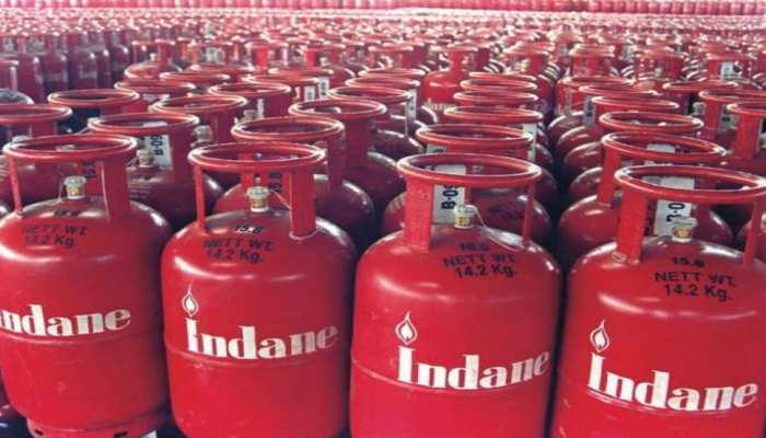 ઈન્ડિયન ઓઈલ કોર્પોરેશન (IOCL)એ સામાન્ય લોકોને રાહત આપતા રસોઈ ગેસ પર એડ્રેસની માન્યતાને નાબૂદ કરી. - Divya Bhaskar