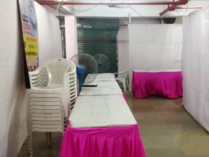 સુરતની ટેક્સટાઈલ માર્કેટમાં શરૂ કરાયેલા વેક્સિન સેન્ટરમાંથી 4 બંધ કરી દેવાતા વેપારીઓ અને શ્રમિકોમાં નારાજગી|સુરત,Surat - Divya Bhaskar