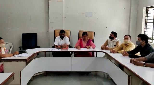 નવનિયુક્ત શિક્ષણ સમિતિના સદસ્યોની પ્રથમ બોર્ડ બેઠક યોજાઈ