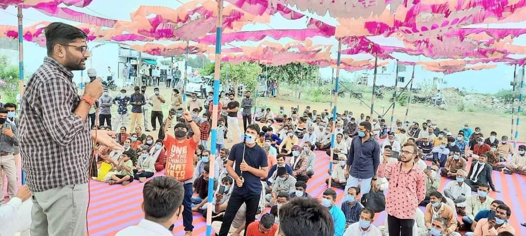 ભાજપ સરકારે છેલ્લાં બે વર્ષમાં છ હજારથી વધુ શાળાઓ બંધ કરી છે, હવે જાકારો દેવાનો સમય હવે આવી ગયો છે: ગોપાલ ઈટાલીયા|સુરેન્દ્રનગર,Surendranagar - Divya Bhaskar