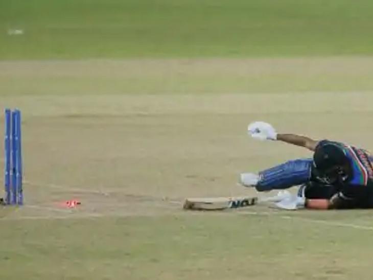 ભારતની ઈનિંગની 18મી ઓવરમાં મનીષ પાંડેય 31 બોલમાં 37 રન બનાવીને રન આઉટ થયો.