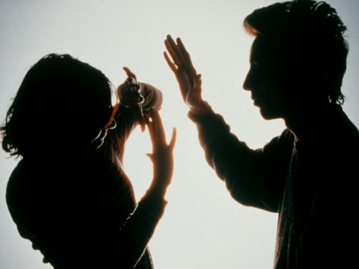 ઘરના કામકાજ માટે તારી સાથે લગ્ન કર્યાં છે તેમ કહીને પતિએ માર મારીને પત્નીને ઘરમાંથી કાઢી મૂકી(પ્રતિકાત્મક તસવીર)
