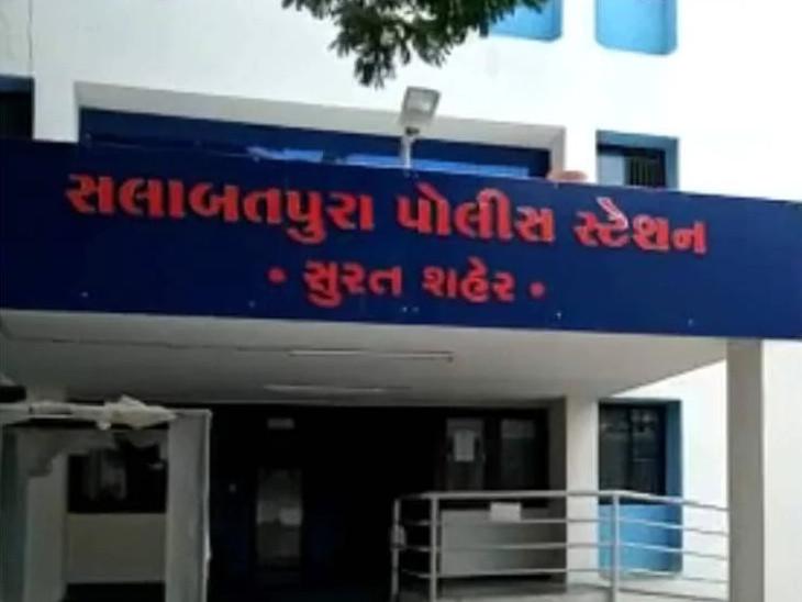 સુરતના વેપારી સાથે દિલ્હીના કાપડ દલાલ સહિત ત્રણ વેપારીએ 28.86 લાખનો કાપડ મગાવી પેમેન્ટ નહી ચૂકવી છેતરપિંડી કરી|સુરત,Surat - Divya Bhaskar