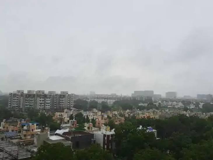 ગુજરાતમાં અત્યાર સુધી સીઝનનો સરેરાશ 30% વરસાદ, 8-10%ની ઘટ|અમદાવાદ,Ahmedabad - Divya Bhaskar
