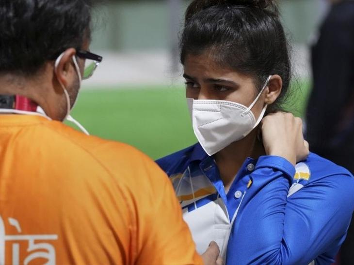 ક્વોલિફિકેશન રાઉન્ડમાં ટેકનિકલ ખામી સર્જાતા ખરાબ પ્રદર્શન; 25 મીટર અને મિક્સ ઇવેન્ટમાં હજુ પણ આશા જીવંત|પર્ફોર્મન્સ (ભારત),India Performance - Divya Bhaskar