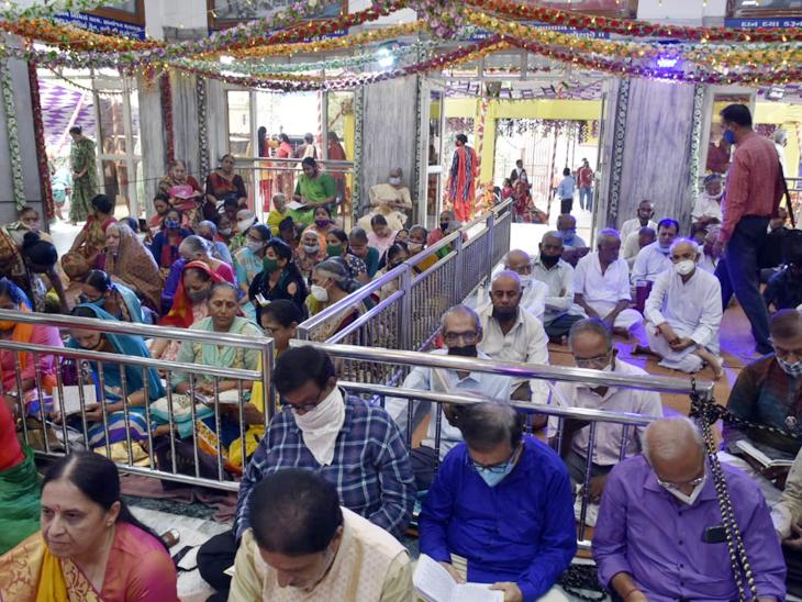 સૌરાષ્ટ્રમાં 'જય ગુરુદેવ'ના નાદ સાથે ગુરુપૂર્ણિમાની ઉજવણી, મંદિરો-આશ્રમોમાં ભક્તોની ભીડ ઊમટી રાજકોટ,Rajkot - Divya Bhaskar