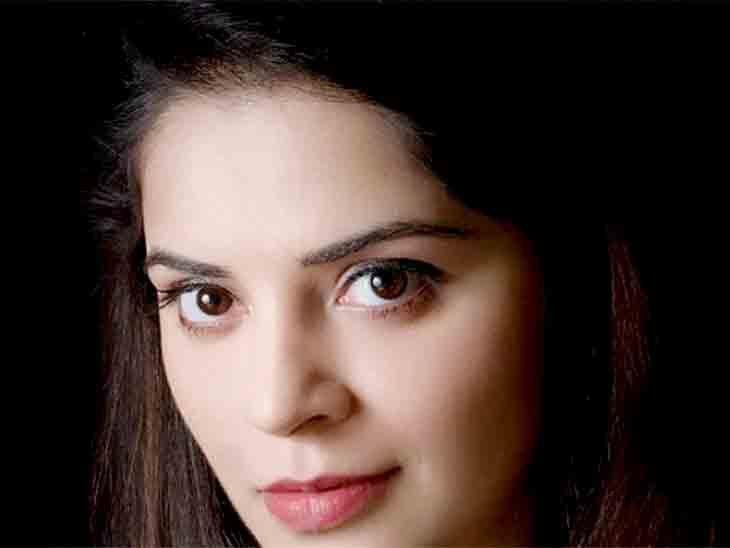 'એક્ટ્રેસિસને ડ્રગ્સ આપીને ન્યૂડ વીડિયો શૂટ કરવામાં આવે છે, પછી બ્લેકમેલિંગનો ગંદો ખેલ શરૂ થાય છે'|બોલિવૂડ,Bollywood - Divya Bhaskar
