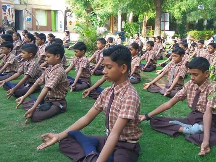 ટીડાણાની સ્માર્ટ શાળા ગુણોત્સવમાં રાજ્યમાં બીજા નંબરે|મુળી,Muli - Divya Bhaskar