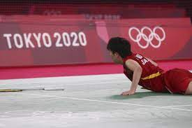 સિંધુએ યામાગૂચીને બેકહૈન્ડથી રમવા મજબૂર કરી હતી. તે સમયે જાપાની ખેલાડીનું બેલેન્સ પણ બગડી ગયું હતું અને તે 4 વખત કોર્ટમાં પડી ગઈ હતી