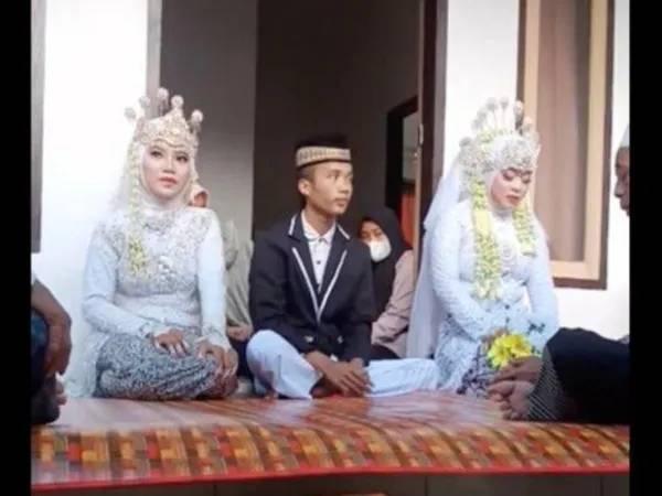 ઈન્ડોનેશિયામાં કપલના લગ્નમાં દુલ્હાની એક્સ ગર્લ ફ્રેન્ડે તેની સાથે પરણવા માટે કહ્યું, દુલ્હાએ હા પાડી, બંને પ્રેમિકા જોડે લગ્ન કર્યાં|લાઇફસ્ટાઇલ,Lifestyle - Divya Bhaskar