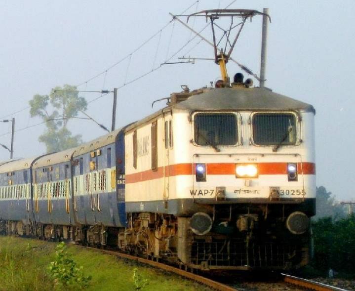 ભાવનગરથી સુરેન્દ્રનગર અને પાલિતાણા વચ્ચે 9 ઓગસ્ટથી બે વિશેષ ટ્રેનો દોડશે ભાવનગર,Bhavnagar - Divya Bhaskar