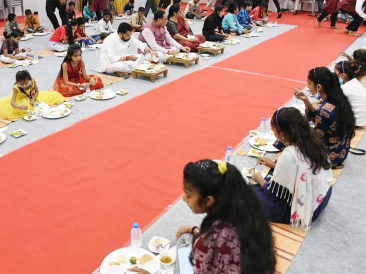 રાજ્યમાં આવતીકાલે મુખ્યમંત્રી મહિલા ઉત્કર્ષ યોજના લાગૂ કરાશે, 10 લાખ મહિલાઓને ઝીરો ટકા વ્યાજે રાજ્ય સરકાર દ્વારા રૂ. 1000 કરોડની લોન સહાય|અમદાવાદ,Ahmedabad - Divya Bhaskar