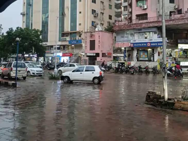 ગુજરાતમાં જુલાઈમાં સાત વર્ષની સરખામણીએ સૌથી ઓછો વરસાદ થયો, રાજ્યમાં હજી 36 ટકા વરસાદની ઘટ|અમદાવાદ,Ahmedabad - Divya Bhaskar