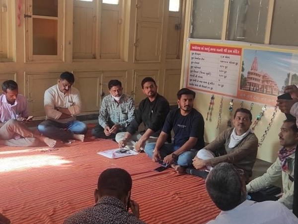 જિલ્લામાં શિક્ષક સજ્જતા સર્વેક્ષણ પરીક્ષાનો શિક્ષકોેએ વિરોધ કર્યો|સુરેન્દ્રનગર,Surendranagar - Divya Bhaskar
