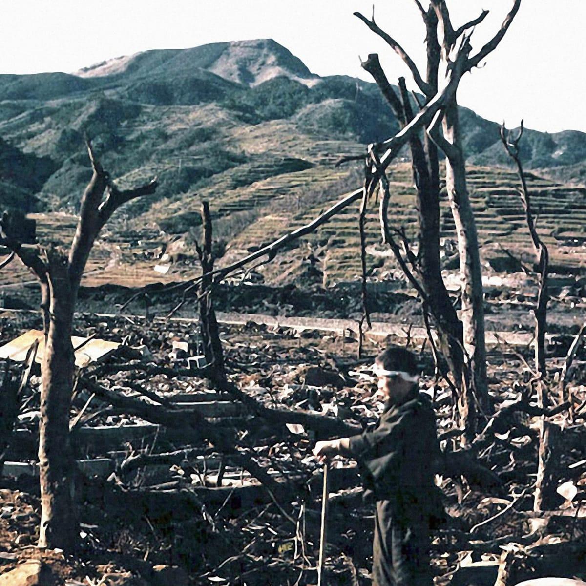 નાગાસાકી શહેર પહાડોથી ઘેરાયેલું હોવાને કારણે માત્ર 617 વર્ગ કિલોમીટર ક્ષેત્રમાં તબાહી જોવા મળી.