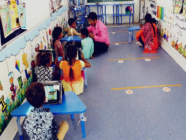 અગરિયાના બાળકોને સ્કોલરશીપ મેળવવા માટે અગરિયાના જોબકાર્ડ જરુરી બનાવાતા લાભાર્થીઓ યોજનાથી વંચિત રહે તેવી સ્થિતિ|સુરેન્દ્રનગર,Surendranagar - Divya Bhaskar