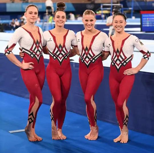 આ વખતની ઓલિમ્પિકમાં જર્મનીની જિમ્નાસ્ટિક ટીમનો ડ્રેસ પણ સૌથી વધુ ચર્ચામાં રહ્યો હતો.