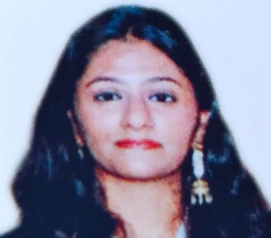 અમેરિકાની ટેકસાસ યુનિવર્સિટીમાં સુરેન્દ્રનગર જિલ્લાની દીકરીએ એડમિશન મેળવ્યું - Divya Bhaskar
