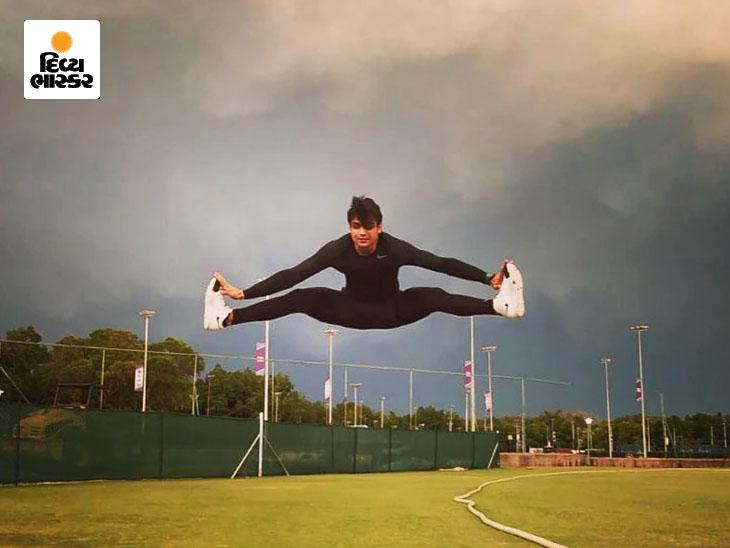 નીરજ ચોપરા ફ્લેક્સિબલ બોડી માટે તનતોડ કસરત કરે છે, ડાન્સનો પણ શોખીન; વીડિયો વાઇરલ|ટોક્યો ઓલિમ્પિક,Tokyo Olympics - Divya Bhaskar