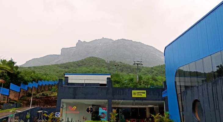 ઓલિમ્પિકમાં ભાલા ફેંકમાં નીરજ ચોપરાએ ભારતને ગોલ્ડ મેડલ અપાવતા ગીરનાર રોપવેમાં 20 ઓગસ્ટ સુધી નીરજ નામના વ્યકિત કરી શકશે નિઃશુલ્ક સફર જુનાગઢ,Junagadh - Divya Bhaskar