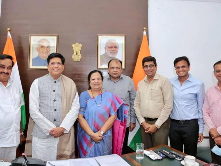 ઉદ્યોગકારોની રજૂઆતને દિલ્હીમાં કેન્દ્રીય મંત્રીઓએ ધ્યાને લઈને રાહત આપતો નિર્ણય કર્યો હતો. - Divya Bhaskar