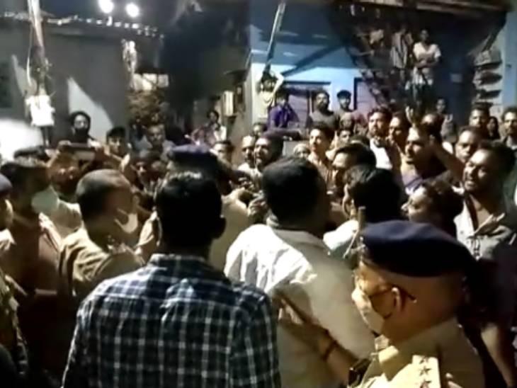 સુરતમાં કુખ્યાત બૂટલેગરના પુત્ર પર જૂની અદાવતમાં બે શખસોએ તલવારથી હુમલો કર્યો, એકને ગંભીર ઈજા|સુરત,Surat - Divya Bhaskar