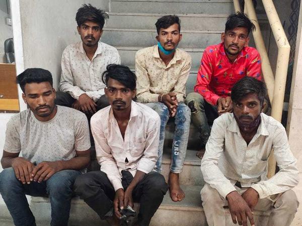 પીએસઆઇ મહિડાએ ગણતરીના કલાકોમાં આરોપીઓને ઝડપ્યાં. - Divya Bhaskar
