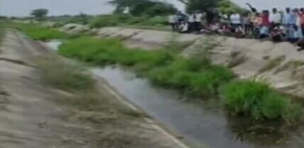 ચરોતરમાં વરસાદ ખેચાતાં નર્મદાનું પાણી કેનાલોમાં છોડાયુ, ફોર્સ ન રહેતાં અનેક વિસ્તારો ન પહોંચ્યું નડિયાદ,Nadiad - Divya Bhaskar