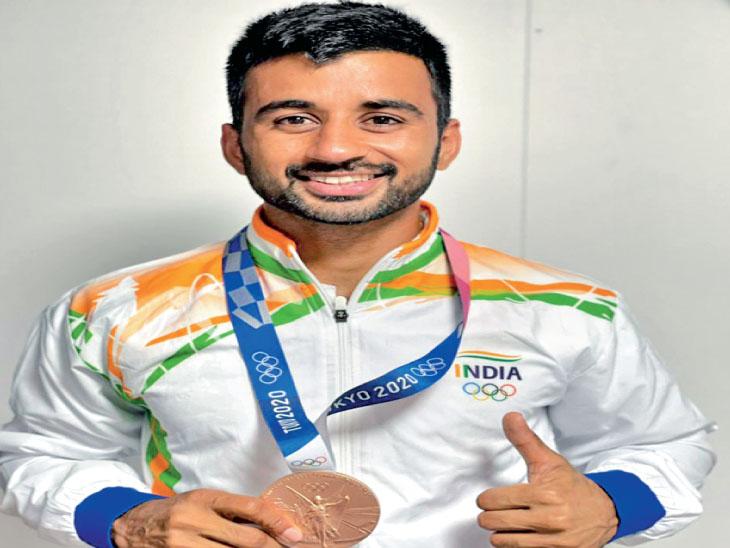 હવે એશિયન ગેમ્સની તૈયારી શરૂ કરીશું, આવતા વર્ષે થનાર ટુર્ના.થી પેરિસ ઓલિમ્પિક માટે ક્વોલિફાઈ કરવાનું લક્ષ્ય છે: મનપ્રીત સિંહ|સ્પોર્ટ્સ,Sports - Divya Bhaskar