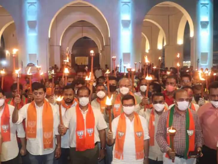 ગુજરાત વિધાનસભાની ચૂંટણી માટે ભાજપે જોરશોરથી પ્રચાર શરૂ કર્યો, કોંગ્રેસને હજી પ્રભારી, પ્રદેશ પ્રમુખ અને વિપક્ષના નેતા મળતા નથી|અમદાવાદ,Ahmedabad - Divya Bhaskar
