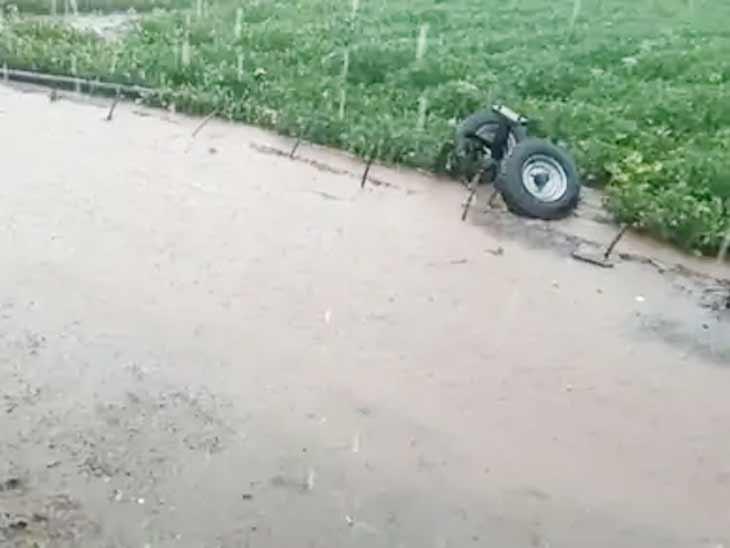 આગામી બે દિવસમાં દક્ષિણ ગુજરાતમાં ભારે વરસાદની સંભાવના, રાજ્યમાં મોસમનો અત્યાર સુધીમાં 311.82 મી.મી. વરસાદ નોંધાયો અમદાવાદ,Ahmedabad - Divya Bhaskar
