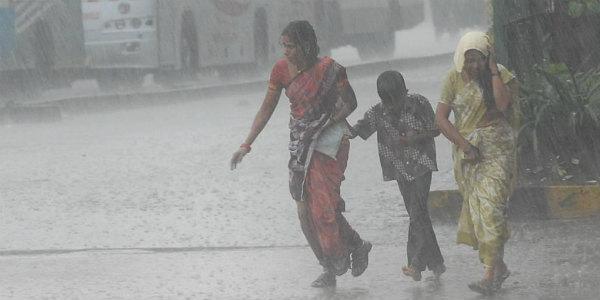 ઉત્તરપ્રદેશ-બિહારમાં આજે ભારે વરસાદ, તો દિલ્હીમાં ક્યારથી પડશે વરસાદ; જાણો દેશના હવામાનની સ્થિતિ|ઈન્ડિયા,National - Divya Bhaskar