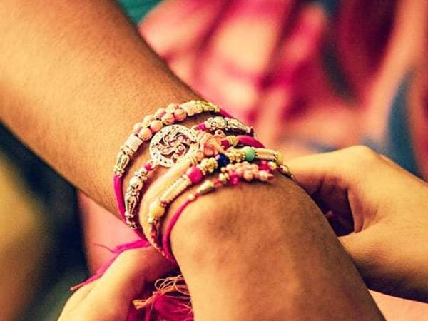 આ વર્ષે સવારે 7.54થી રાત્રે 11.23 સુધી રાખડી બાંધવા શુભ મુહૂર્ત|અમદાવાદ,Ahmedabad - Divya Bhaskar